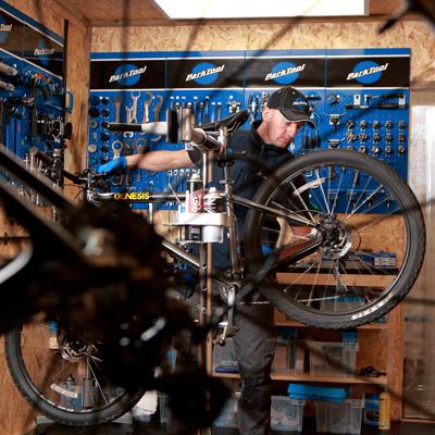mountain bike repairs newcastle - workshop close up